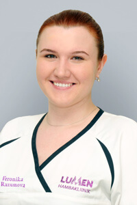 Veronika Razumova, Dental assistant